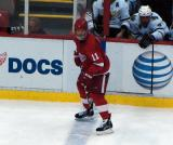 Dan Cleary waits at the blue line so he doesn't jump into the offensive zone offsides.