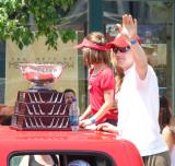 Chris Osgood waves to the crowd at the 2008 Stanley Cup parade.