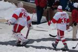 Ty Conklin and Kris Draper head to the ice for pre-game warmups before the Winter Classic.