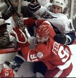 Sergei Fedorov crashes into Washington's Richard Zednik.
