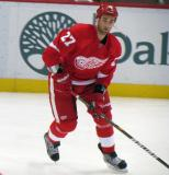 Kyle Quincey looks to make a pass during pre-game warmps.