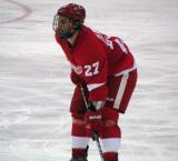 Kyle Quincey gets set for a faceoff.