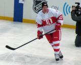 Mike Knuble skates during pre-game warmups before the first game of the Alumni Showdown.