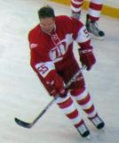 Larry Murphy skates during pre-game warmups before the second game of the Alumni Showdown.