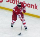 Steve Yzerman stickhandles during pre-game warmups before the second game of the Alumni Showdown.