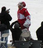 Chris Osgood walks to the rink after being introduced before the second game of the Alumni Showdown.