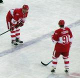 Doug Brown and Sergei Fedorov get ready for the opening faceoff of the second Alumni Showdown game.