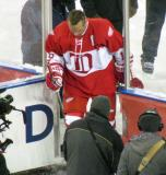 Steve Yzerman steps off the ice after the end of the second game of the Alumni Showdown.